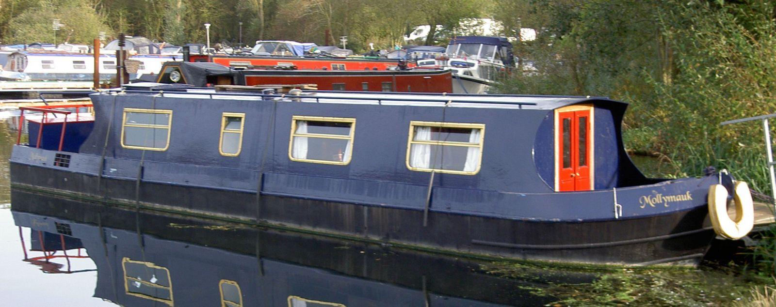 Dummy Narrowboat